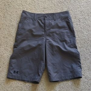 Under Armour boys golf shorts EUC